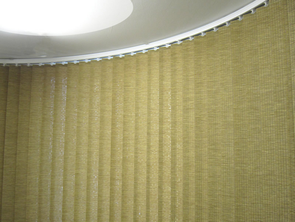bend it curved headrail vertical blinds for bay amp bow top tips for beautiful bay window blinds