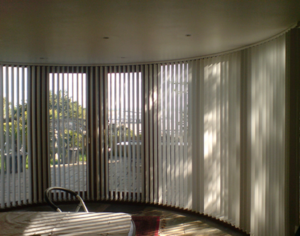 Bend It Curved Headrail Vertical Blinds For Bay Bow Windows